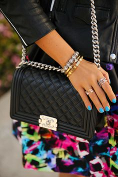 @CHANEL boy bag, turquoise nails + gold #armparty