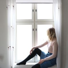 There is beauty in simplicity.    #denimskirt #window #white #minimalist #photography #blonde #longbob #model #whitecurtains #sundaymood #simple #kinfolkstyle #vintageoutfit #secondhand #vintageshop