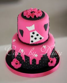 Bachelorette party cake inspired by Sex and the City. If you know me, you know sex and the city is my inspiration lol Fondant Cakes, Cupcake Cakes, Cupcakes, Beautiful Cakes, Amazing Cakes, City Cake, Different Cakes, Occasion Cakes, Cake Creations