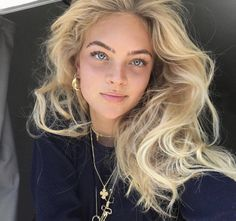 Related posts:Brown eyes and lipstick that I likeWalnut amazing colorThis girl is awesome, love her long blonde hair Hair Inspo, Hair Inspiration, Corte Y Color, Good Hair Day, Tips Belleza, Dream Hair, Looks Style, Hair Looks, Pretty Face
