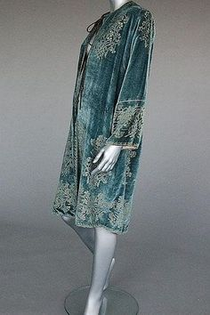 Mariano Fortuny stencilled velvet jacket, early 20th century  stencilled in silver with sprays of carnations*