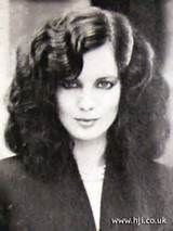 Waves Hairstyle | 1979 strong waves