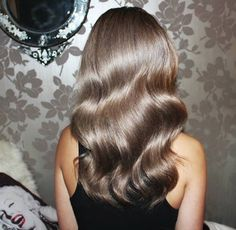 Gorgeous shiney ash blonde hair with body waves