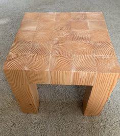 Simple project, I should have ran it through a planner to flatten the 4 sides. Worked out ok any way 4x4 Wood Crafts, Barn Wood Projects, Diy Furniture Projects, Diy Home Decor Projects, Diy Wood Bench, Wood Stool, Wood Table, Diy Coffee Table, Coffee Table Design