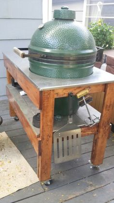 Big Green Egg grill table