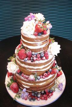 Natural Tasting Wedding Cakes | My Modern Wedding