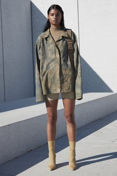 21c7f9bd12ca2 A Closer Look at Kanye West s Yeezy Season 4 Collection