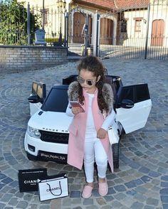 Children Girl Fashion Shirts 39 Ideas For 2019 Cute Kids Fashion, Little Girl Fashion, Toddler Fashion, Toddler Outfits, Fashion Children, Toddler Girl Style, Fashion Women, Fashion Ideas, Cute Little Girls Outfits