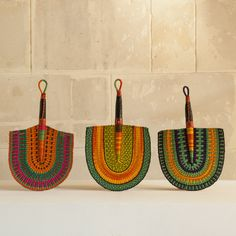 Fan from Ghana - Shopping basket - AS'ART A SENSE OF CRAFTS - Other | MOM Ghana Art, Basket Crafts, Funky Home Decor, African Design, Design Thinking, Decorative Items, Weaving, Arts And Crafts, Handmade