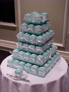 Tiffany blue little cakes:)