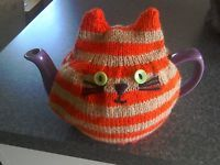 HAND KNITTED TEA COSY FOR MEDIUM TEAPOT - GINGER & BEIGE STRIPE CAT Tea Cosy Pattern, Knitted Tea Cosies, Tea Cozy, Tea Cakes, Afghans, High Tea, Teas, Tea Time, Hand Knitting