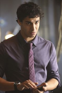 SCORPION - Walter O'Brien: IQ 197, 4th Highest in the World. #TeamScorpion's Leader.  He can hack into anything! He's the Smartest Guy under pressure & not!! He just needs some help with People Skills.