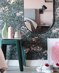Add Beauty To Your Home (@sandbergwallpaper) • Foton och videoklipp på Instagram Inspirational Wallpapers, Wall Murals, Bedroom Wallpaper, Mirror, Instagram, Home Decor, Beauty, Wallpaper Murals, Decoration Home