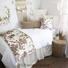 This rustic farmhouse dorm bedding set features simple neutrals and linens with textured fur, suede, and super-soft cowhide fabric. Y'all can't go wrong with cowhide dorm bedding! Dorm Bedding Sets, Teen Bedding, College Bedding, Bedding Decor, Comforter Sets, King Comforter, Gray Bedding, Neutral Bedding, Quilt Bedding