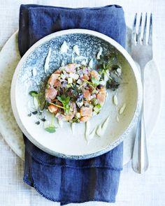 Laksetatar vækker altid lykke ved bordet, og denne version er virkelig nem at lave og har et lækkert strejf af wasabi.