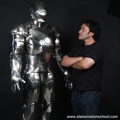 Mechanical Designer one of our teachers @ojodedavid stands with an all-chrome popular MARK II suit from the Marvel motion picture IRON MAN. Created by Stan Winston Studio. #ironman #tonystark #marvel #stanwinston #stanwinstonstudio #mechanical #chrome #mk2 #mark2 #bts #behindthescenes #instagood #instadaily #daily #photo #practicaleffects #suit #weapon #stanlee #best #character #specialeffects #effects