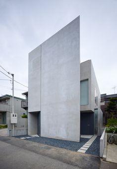 Essential design.  Shelton's House by Shuwa Tei.