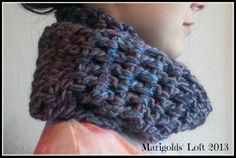 Marigolds' Loft: FO Fridays - Easy Crochet Cowl Pattern