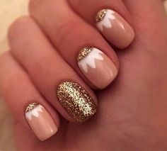 Gold nude flower nails