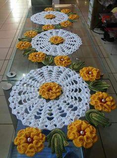 Don't miss 13 exquisite beauti Crochet Table Runner Pattern, Crochet Tablecloth, Crochet Stitches Patterns, Crochet Chart, Thread Crochet, Crochet Designs, Knitting Designs, Crochet Vintage, Unique Crochet