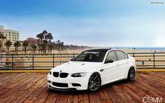BMW 7 Series. You can download this image in resolution 1680x1050 having visited our website. Вы можете скачать данное изображение в разрешении 1680x1050 c нашего сайта.