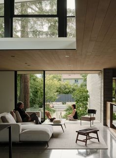 Image from The Sanctuary by Feldman Architecture in Palo Alto, United States New Living Room, Living Room Modern, Living Room Designs, Living Area, Sala Grande, Mid Century House, Furniture Layout, Architecture Photo, Minimal Architecture