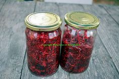 Salata de sfecla rosie cu hrean Mason Jars, Food, Canning, Salads, Essen, Mason Jar, Meals, Yemek, Eten