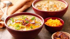 Slow Cooker Cheesy Chicken Bacon Soup - How do you make chicken wild rice soup even better? Make it in the slow cooker, and add bacon! Chicken Wild Rice Soup, Cheesy Chicken, Chicken Bacon, Butter Chicken, Chicken Recipes, Bbq Chicken, Crock Pot Soup, Crock Pot Slow Cooker, Crock Pot Cooking