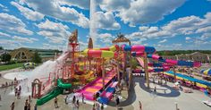 "Put ""The Waterpark Capital of the World!®"" at your fingertips with the WisDells2Go app."