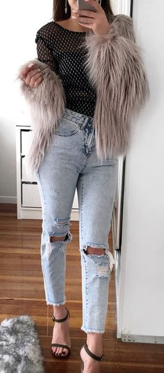 outfit of the day | fur jacket + top + ripped jeans + heels