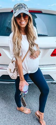 Outstanding Summer Outfits To Copy Right Now white T-shirt Blue Denim Jacket Mens, Wedding Attire For Women, Blue Lace Midi Dress, Blue Jean Outfits, Leopard Print Cardigan, Black Sleeveless Top, Maternity Fashion, Maternity Styles, Distressed Skinny Jeans