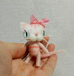 Tiny Cupcake Kitty. $26.00, via Etsy. Violetpie...