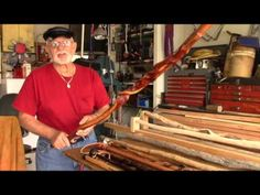Mountain Man: The Art Of Making Custom Walking Canes - Long Version Walking Sticks And Canes, Walking Canes, Cannes, Walking Staff, Woodworking Guide, Woodworking Projects, Dremel Carving, Cane Stick, Whittling