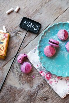 How to make macarons. Macaroons, Brownie Recipes, Cake Recipes, How To Make Macarons, No Bake Cookies, Love Cake, Sweet And Salty, Desert Recipes, Cakes And More