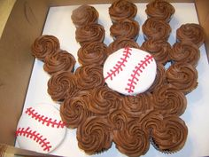 Love this idea with the cupcakes!  Again, I have to make this next season for my son's team!