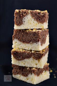 Prajitura ziua si noaptea, de post - CAIETUL CU RETETE Romanian Food, Romanian Recipes, Crazy Cakes, Tiramisu, Vegan, Baking, Ethnic Recipes, Pies, Salads