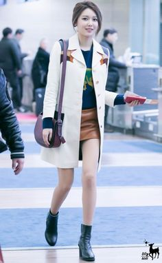 Sooyoung Snsd, Kim Hyoyeon, Kpop Fashion, Korean Fashion, Womens Fashion, Airport Fashion, Young Kim, Soo Young, South Korean Girls