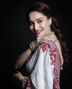 Madhuri Dixit Nene looks absolutely gorgeous💕💕💕 Indian Bollywood Actress, Bollywood Girls, Bollywood Celebrities, Indian Actresses, Bollywood Stars, Beautiful Girl Indian, Beautiful Saree, Beautiful Indian Actress, Beautiful Actresses