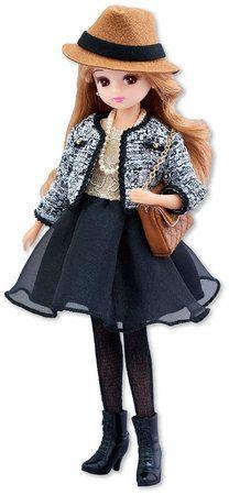 「Licca Bijou Series (リカビジューシリーズ)」 スパークルアイズ     商品内容 リカちゃん(ドレス、下着、ストッキング、イヤリング着用)、帽子、ショルダーバック、ネックレス、レースアップブーツ、スタンド、ジャケット    ヘアスタイル:ふんわり柔らかな「ミルクティーブラウン」    憧れのツイードジャケットにチュールスカート 、レースアップデザインの ブーツがおしゃれなコーディネート。 セット内容の帽子とチェーンバッグで更にコーディネート遊びも楽しめます。    発売日 2016年6月18日    希望小売価格 各4980円/税抜き