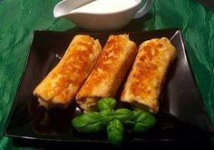 Krokiety z gyrosem Chrupiące, panierowane naleśniczki z pysznym farszem z piersi kurczaka w przyprawie gyros, pieczarek, papryki i żółtego sera. Idealnie smakują polane domowym sosem czosnkowym ( PRZEPIS TUTAJ ). Polecam! Składniki: Naleśniki PRZEPIS TUTAJ 1 pojedynczy filet z kurczaka kilka sztuk pieczarek 1 papryka (użyłam pół żółtej i pół czerwonej papryki) 1 mała cebula 10 … Pancakes, French Toast, Food And Drink, Meals, Vegetables, Breakfast, Ethnic Recipes, Pierogi, Blog
