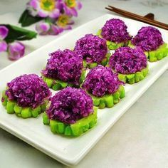 Bitter Melon AND Purple Cabbage Appetizer. bitter melon is a required taste. Appetizer Salads, Best Appetizers, Appetizer Recipes, Party Recipes, Salad Recipes, Healthy Food Blogs, Good Healthy Recipes, Purple Vegetables, Cuisine Diverse