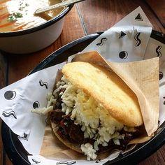 New Arepa Restaurant in Town. @macaibo Lecker und mal kein weiteres Burger Restaurant. #arepa #hamburg #kitchenmateunterwegs #food