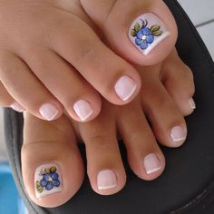 23 that will make you bright summer nails designs glitter fun 015 Pretty Pedicures, Pretty Toe Nails, Cute Toe Nails, Love Nails, Toenail Art Designs, Pedicure Designs, Pedicure Nail Art, Toe Nail Art, Orange Nail Designs