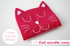 5 things to do with KAMSnaps - DIY: Cat needle case.