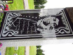 Column at Jimi Hendrix Memorial.