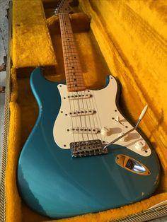 Fender Stratocaster 1955 Masterbuilt John English Stratocaster Guitar, Fender Guitars, Vintage Guitars, Guitar Amp, 1950s, Music Instruments, English, Pretty, Musical Instruments