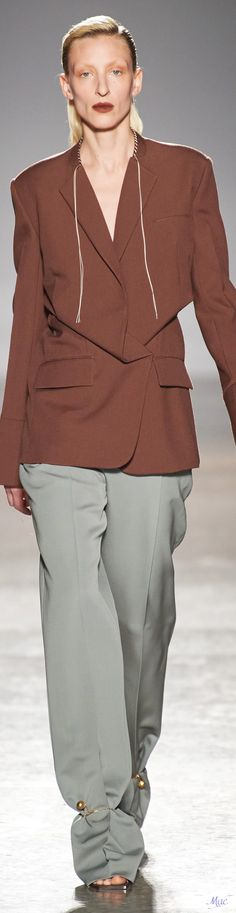 Polished Look, Brown And Grey, Ruffle Blouse, Collections, Fall, Pants, Jackets, Fashion Trends, Tops