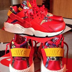 Red Aloha's #deadstock #nike #huarraches