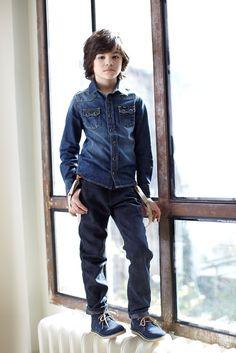 Lee kidswear winter 2014, boy denim trousers with braces