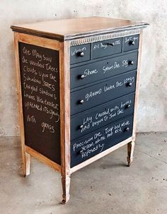 Chalkboard Dresser: chalkboard paint and an old ugly dresser. Awesome for the kids.no worries when they write on their furniture! Old Furniture, Repurposed Furniture, Furniture Projects, Furniture Makeover, Painted Furniture, Diy Projects, Modern Furniture, Painted Dressers, Painted Chest